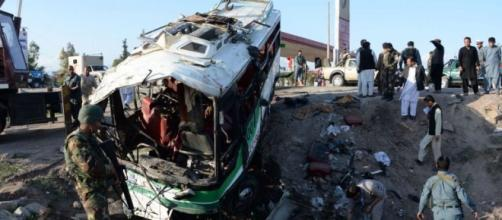 Así ha quedado el autobús después del atentado