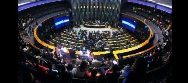 Comissão de impeachment, 11/04, mexendo com os nervos dos brasileiros