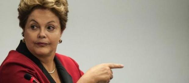 Dilma recebe recado do ator Ary Fontoura