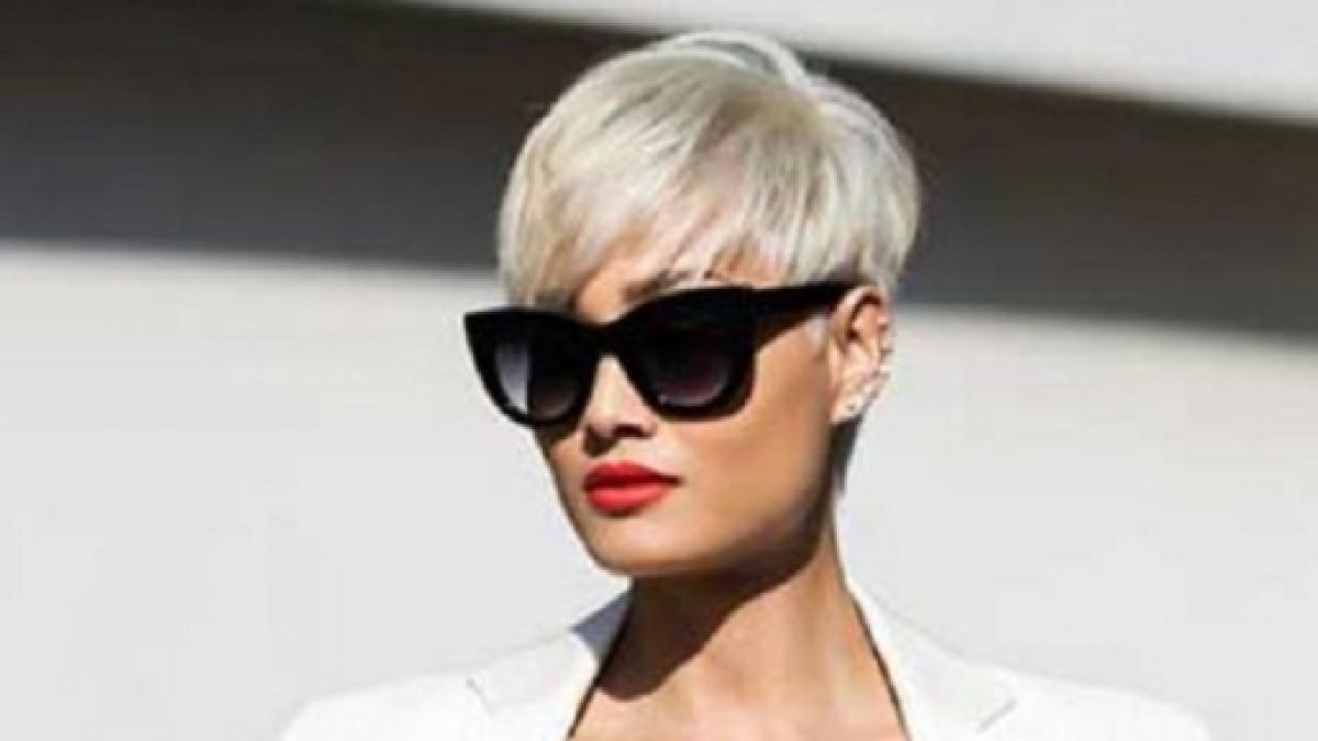 Moda tagli capelli estate 2016 per le over 50 le tendenze per sembrare più  giovane ... f6bedea00c9c
