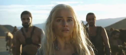 Una sorprendida Danerys llega a Vaes Dothrak
