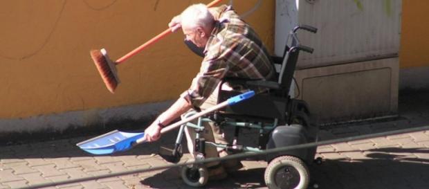 @Konstantin Opel; piqs.de: die Rente ist sicher?