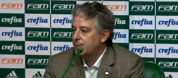 Paulo Nobre, presidente do Palmeiras, não confirma nem desmente negócio.