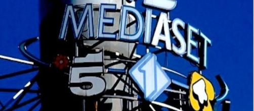 Imagen de Mediaset con logos. Flickr