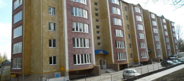 Apartamentele pot fi date băncilor. Foto: Facebook