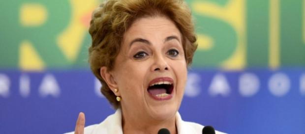 Dilma faz discurso - Imagem/Google