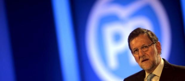 Rajoy, al frente del discurso y el partido