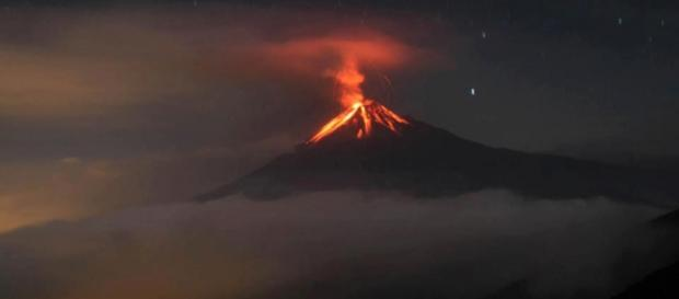 Volcan Tungurahua en Ecuador en activo.