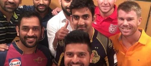 IPL Skipper pose for a selfie (Twitter)