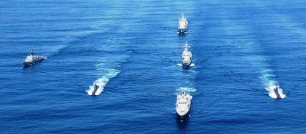 Barcos e submarinos da Marinha do Brasil