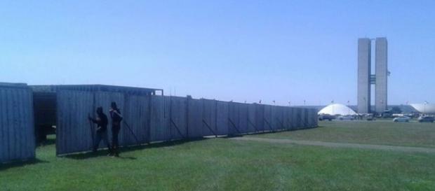 Foto: Divulgação PMDF - 30 detentos construíram o 'muro do impeachment'
