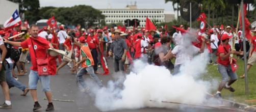 Manifestações de esquerda costumam ser marcadas pela violência