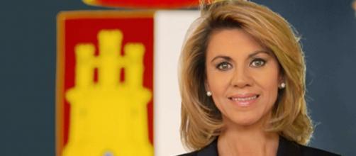 María Dolores de Cospedal desvía dinero destinado a un hospital público a propaganda electoral