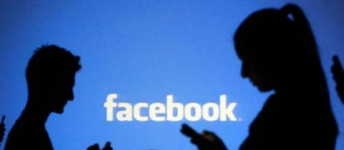 Mulher usava facebook para atrair compaixão das pessoas.