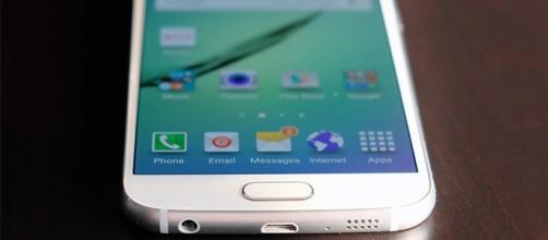 Samsung Galaxy S6: scoprite le migliori offerte su Internet sullo smartphone