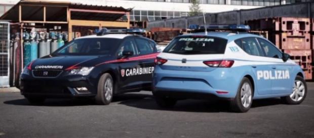 auto polizia e carabinieri in servizio