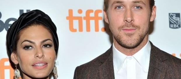Eva Mendes and Ryan Gosling [Image via Twitter]