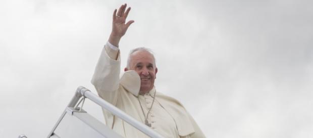 Francisco I ha visitado a cientos de refugiados
