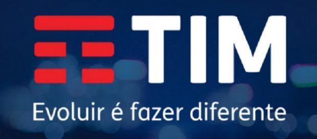 Letra 'T' ganha destaque em vermelho no novo logotipo da TIM.