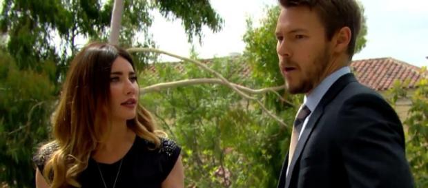 Liam chiede a Steffy di sposarlo Beautiful