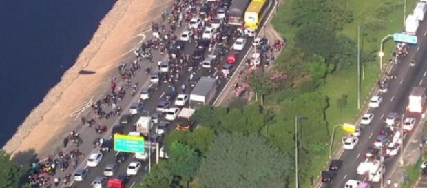 Protestos contra o impeachment prometem parar o Brasil