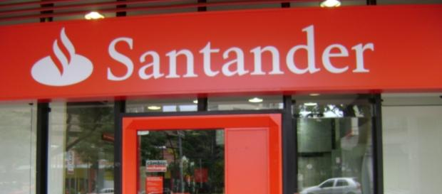 El Banco Santander, a partir de junio, recortará de forma drástica los beneficios de las cuentas sin nómina sin comisiones