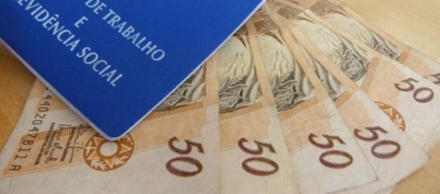 Salário mínimo em 2017 poderá ser de R$ 946,00