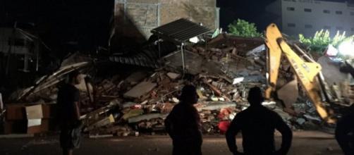 La devastazione dopo il terremoto