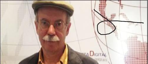Pío Moa posando para un medio digital.