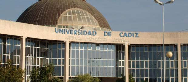 Universidade de Cádis dá 10 bolsas de mestrado para professores brasileiros