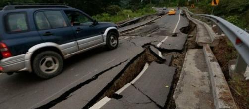 Escenas del evento sísmico en Ecuador