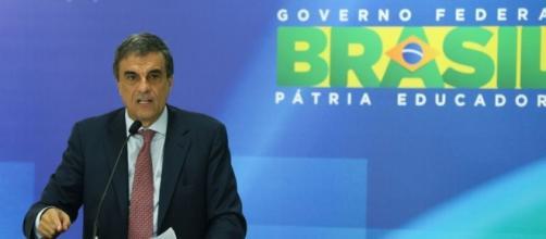 José Eduardo Cardozo durante coletiva Foto: Valter Campanato/Agência Brasil