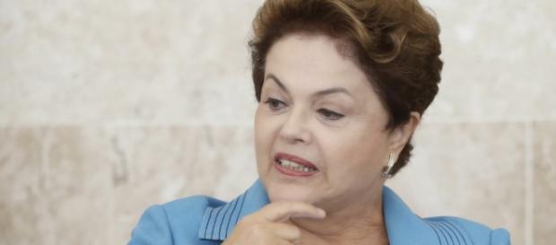 Dilma em apuros - Foto: Reprodução Folha Política
