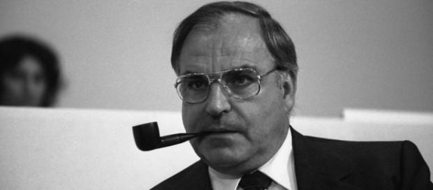 Helmut Kohl, fost cancelar al Germaniei