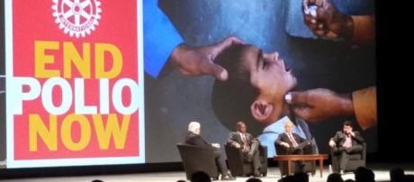 A pólio na Assembleia internacional de San Diego.
