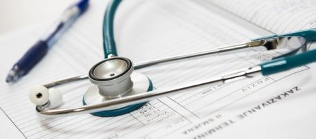 Medicine and Melioidosis. Image shows medical pad, pen, stethoscope/Image via Pixabay
