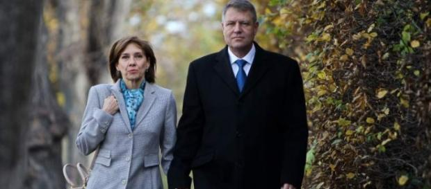Familia Iohannis da înapoi banii din chirie