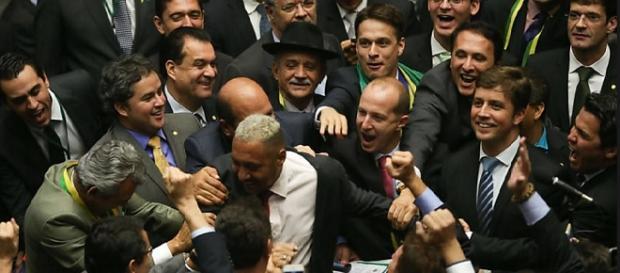 Tiririca também votou a favor do impeachment