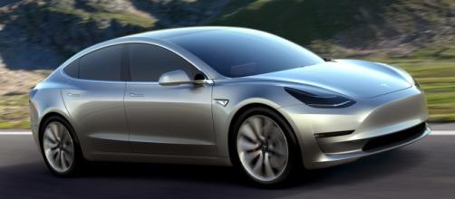 El nuevo coche eléctrico Tesla Model 3, previsto para llegar al mercado a finales del 2017