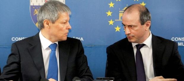 Achim Irimiescu (dreapta), ministrul Agriculturii