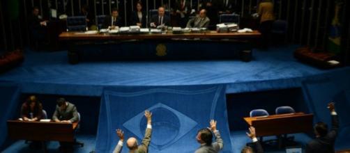 Senado volta a discutir terceirizações
