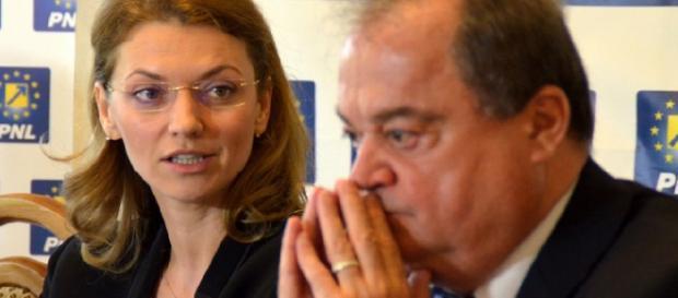 Alina Gorghiu și Vasile Blaga, co-președinții PNL