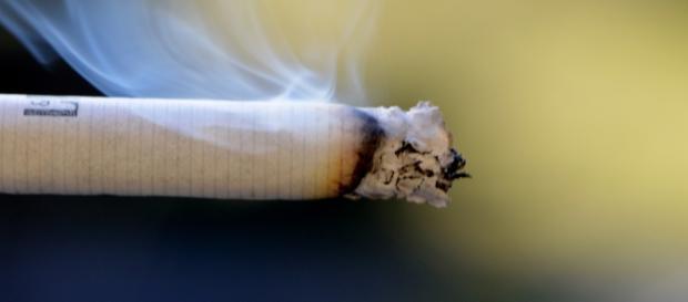 Aumento prezzi sigarette aprile 2016, come smettere di fumare?