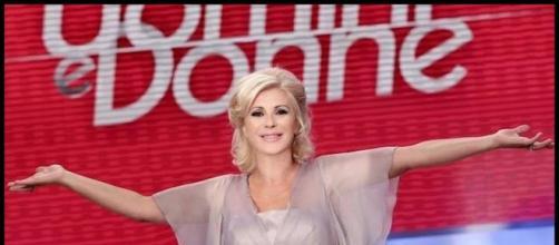 Gossip U&D: Tina Cipollari lascia il programma? Le dichiarazioni di Costanzo