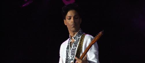 Prince live on stage at Coachella. Image courtesy of Wikipedia and used under CC
