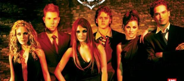 A banda RBD foi um sucesso dos anos 2000.