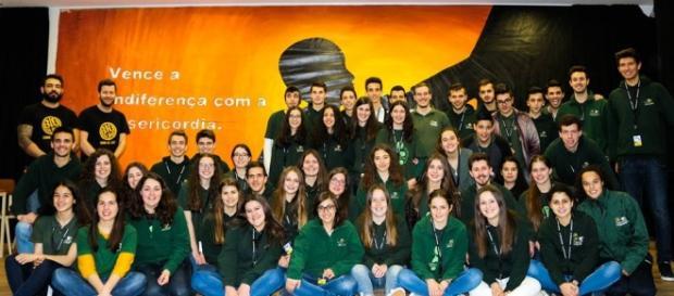 Grupo de Jovens Esperança e Staff