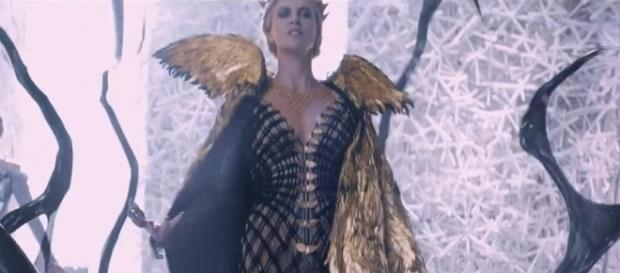 """Las crónicas de Blancanieves: """"El cazador y la reina del hielo"""""""