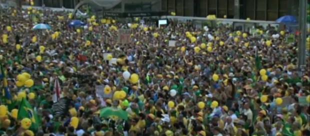 Manifestante pelo impeachment de Dilma