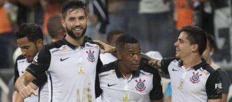 No Dia de São Jorge, Fiel Torcida quer comemorar com muitos gols
